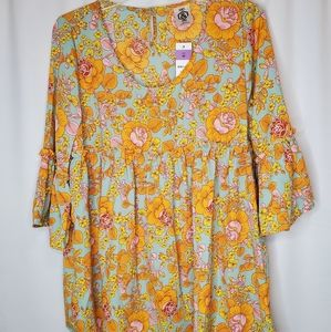 New Agnes & Dora Sway Top Medium Bell Sleeves